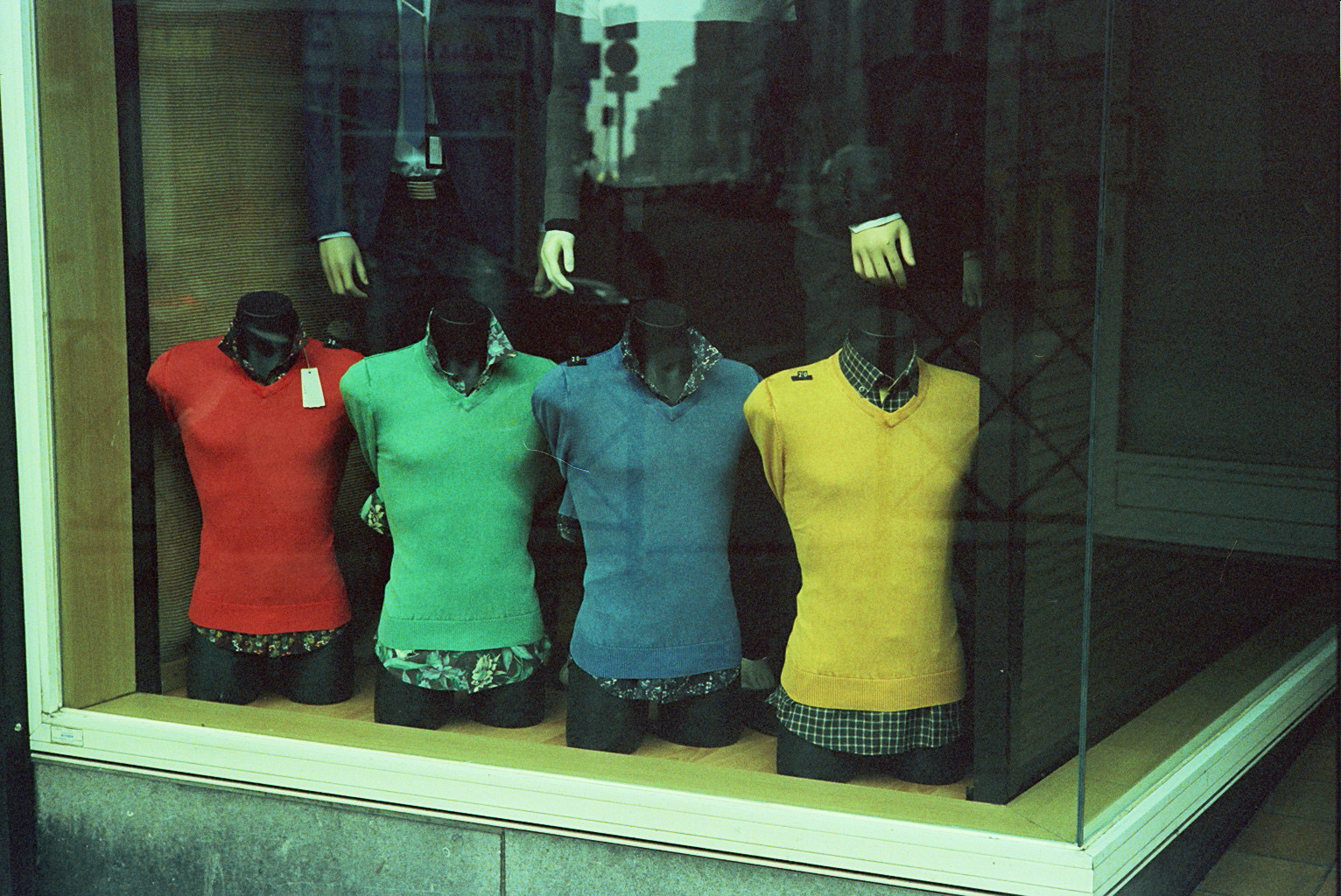 Mannequins bring color to vitrines