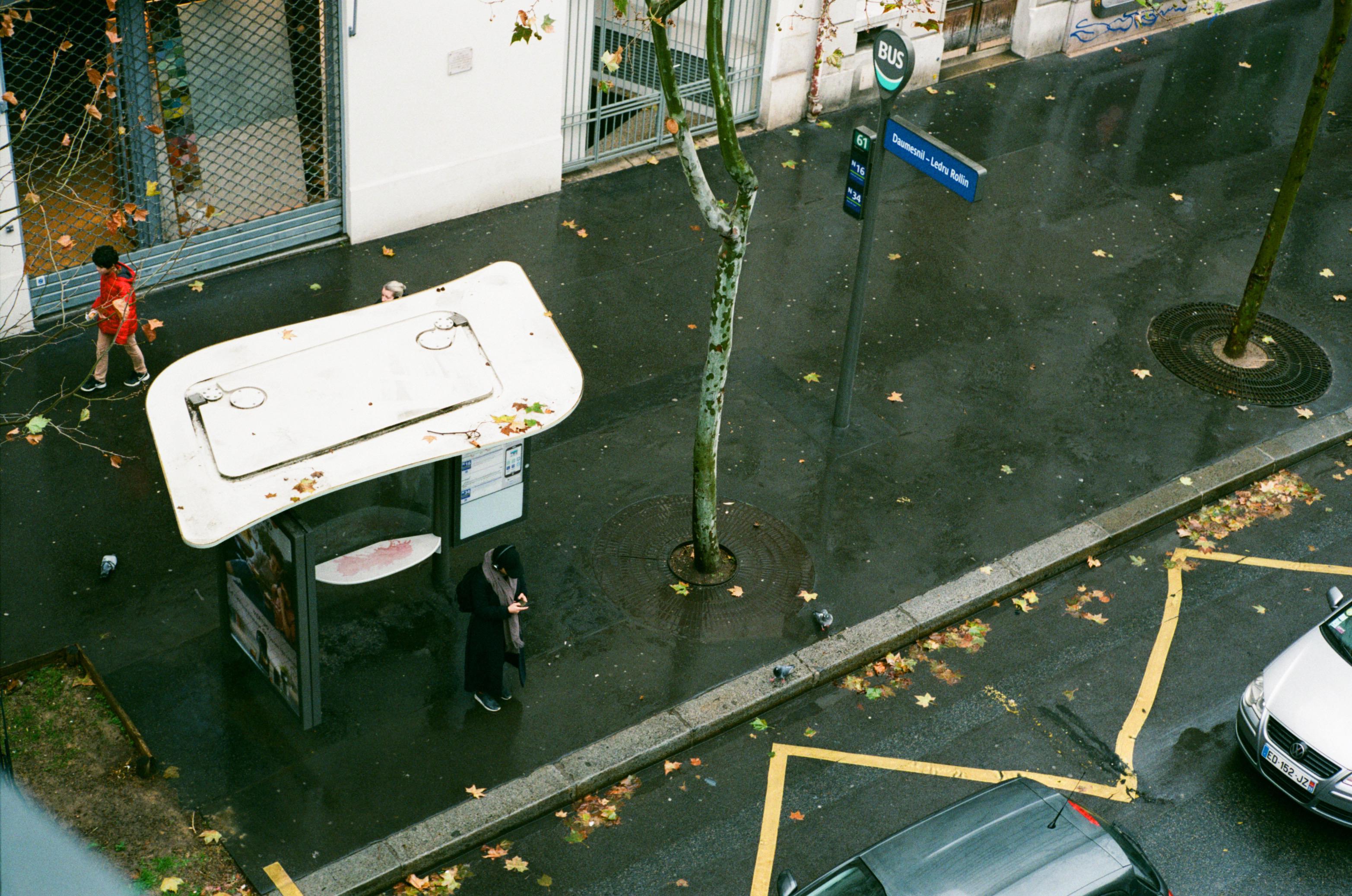 Bus stop Daumesnil - Ledru Rollin Paris